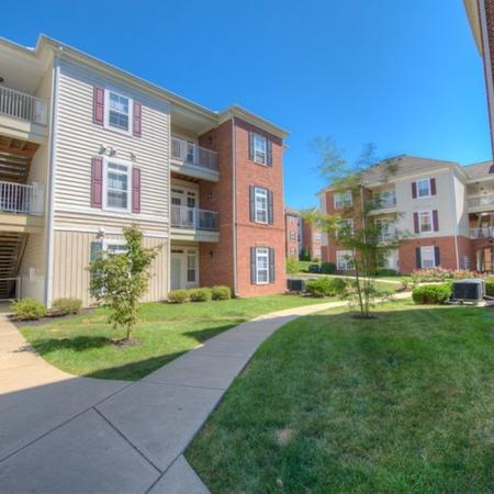 Apartments in Athens, OH | The Summit at Coates Run
