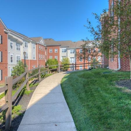 Apartments for rent in Athens, OH | The Summit at Coates Run