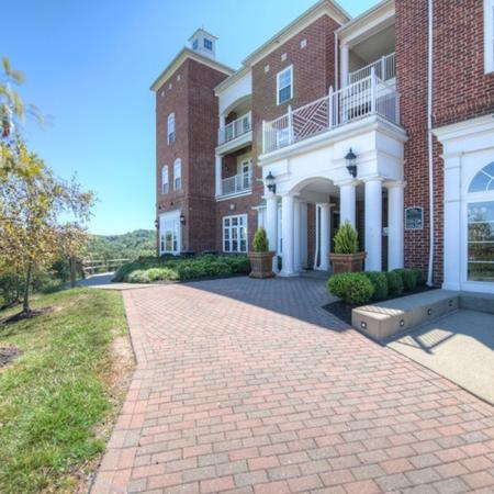 Apartment Homes for rent in Athens, OH | The Summit at Coates Run