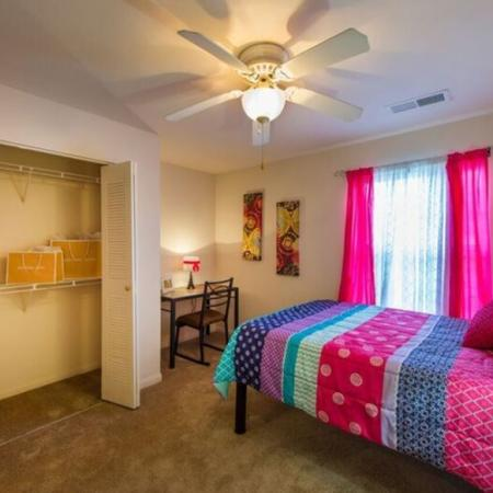 Spacious Bedroom | Murfreesboro TN Apartment Homes | Campus Crossing