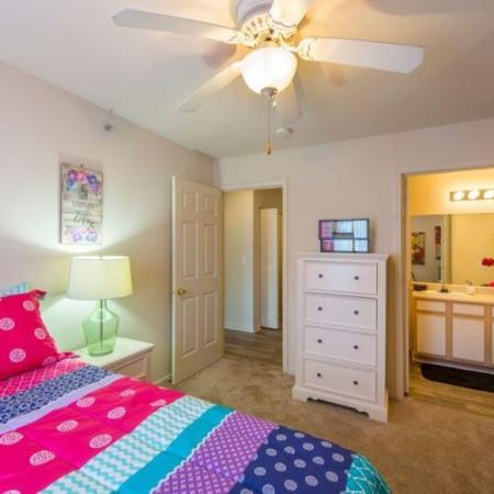 Elegant Bedroom | Murfreesboro TN Apartment For Rent | Campus Crossing