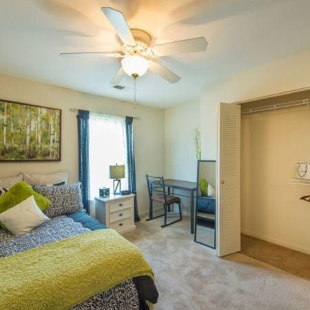 Luxurious Bedroom | Apartments in Murfreesboro, TN | Campus Crossing