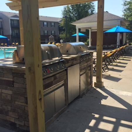 Community BBQ Grills | Murfreesboro TN Apartment For Rent | Campus Crossings