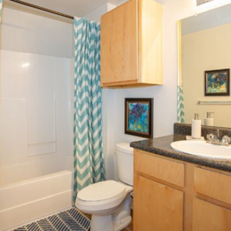 Traditional Bathroom | Legends Place | Off-Campus KU Apartments