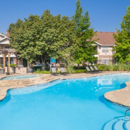 Sparkling Pool | Legends Place | Apartments in Lawrence, KS