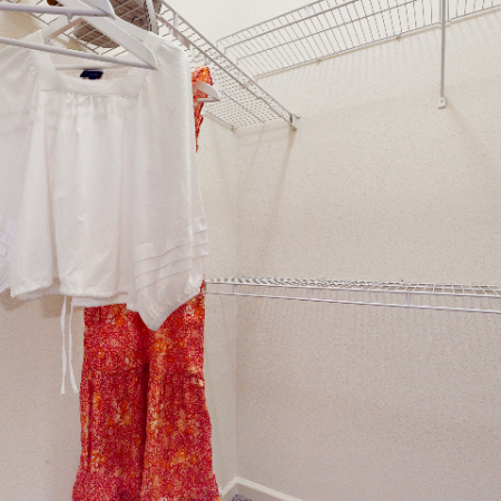 Walk-in Closet || The Edge on Hovey | Apartments in Normal, IL
