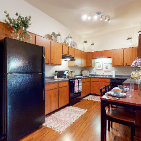 Kitchen-Dining Area | The Edge on Hovey | Apartments in Normal, IL