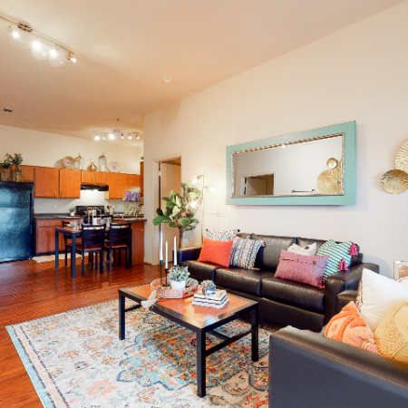 Living Area | The Edge on Hovey | Apartments in Normal, IL
