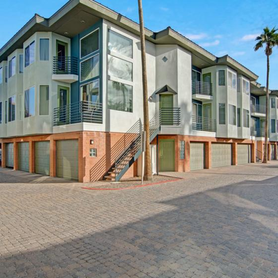 Apartments For Rent North Phoenix | Pavilions on Central