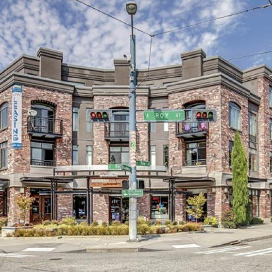 Apartments In Seattle Washington | 700 Broadway Apartments