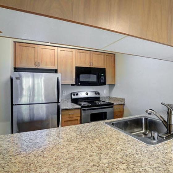Spacious Kitchen | 2 Bedroom Apartments Seattle | Vantage Park