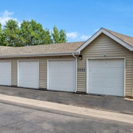 Resident Covered Parking   Colorado Springs Apartments   Winfield Apartments