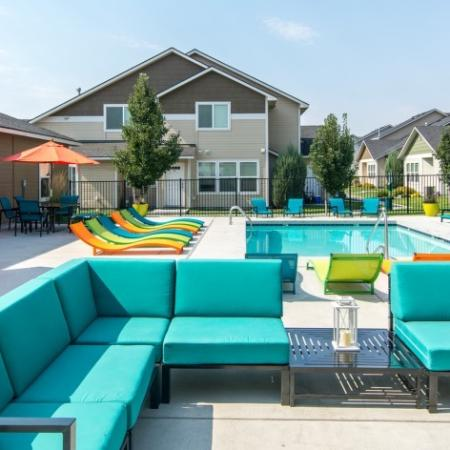Sparkling Pool | Pasco Wa Apartments For Rent | Navigator Villas