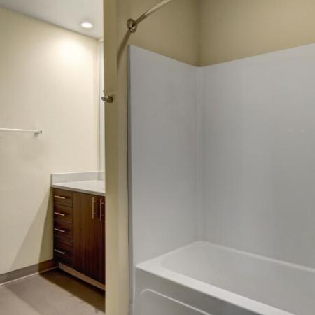 Spacious Bathroom | Hillsboro Oregon Apartments For Rent | Tessera at Orenco Station 2