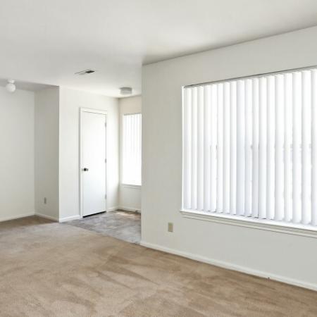 Elegant Living Room | 4 Bedroom Apartments In Northglenn CO | Greens At Northglenn Apartments