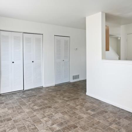 Spacious Living Room | Apartments For Rent In Northglenn Colorado | Greens At Northglenn Apartments