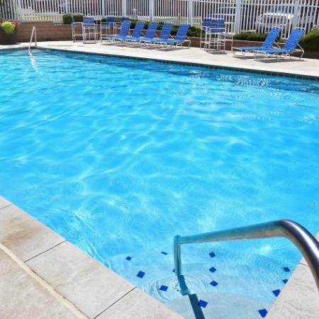 Resort Style Pool | Apartments For Rent In Colorado | Greens At Northglenn Apartments