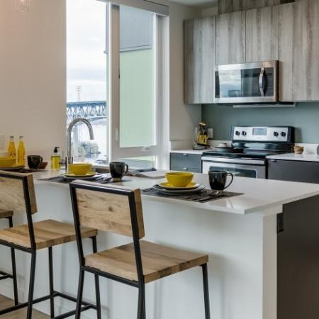 Kitchen Quartz Counter Tops | Augusta Apartments | University District apartments
