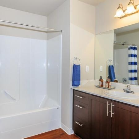 Stylish Bathroom | Outlook at Pilot Butte Apartments | Bend Oregon Apartments
