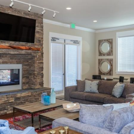Elegant Lounge with Flatscreen TV | Outlook at Pilot Butte Apartments | Apartments For Rent Bend Oregon