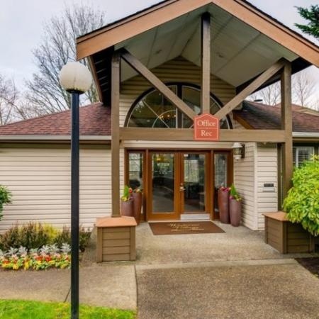 Beautifully Landscaped Grounds | Westview Village Apartments | Apartments In Renton WA