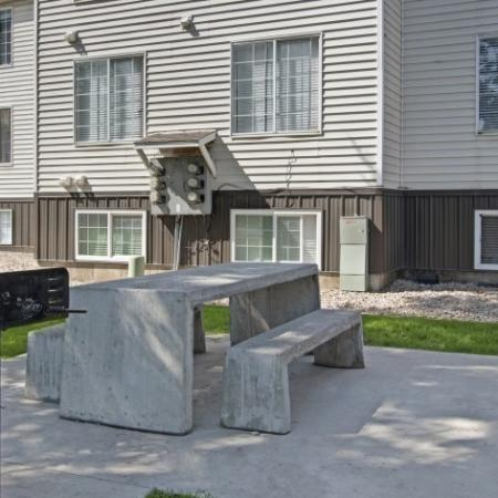 Community BBQ Grills and Picnic Table   Apartments For Rent Park City UT    Elk Meadows
