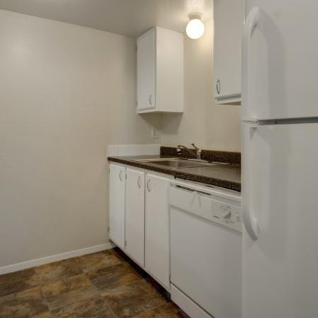 Modern Kitchen with Storage    Apartments for Rent in Park City UT   Elk Meadows