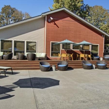 Sparkling Pool | Beaverton 2 Bedroom Apartments | Arbor Creek