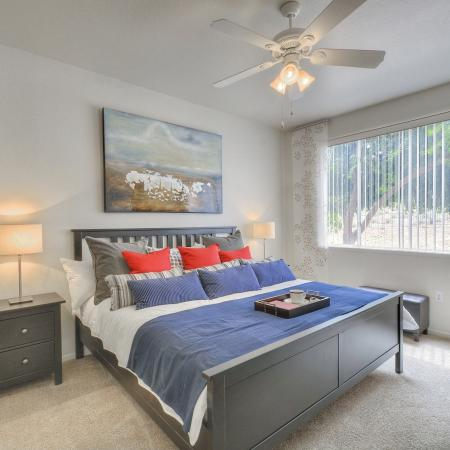 Luxurious Master Bedroom | Apartment in Phoenix, AZ | Mountainside Apartments