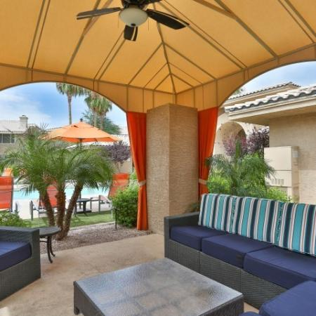 Resident Outdoor Lounge | Apartment Homes in Phoenix, AZ | Mountainside Apartments