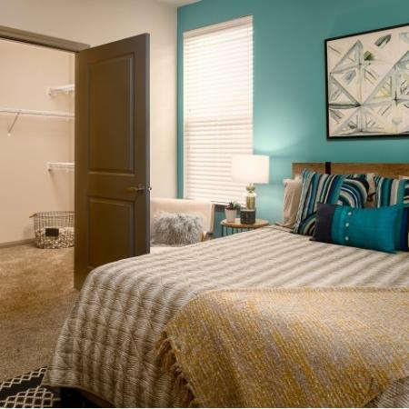 Spacious Bedroom | Sapphire Bay Apartments |