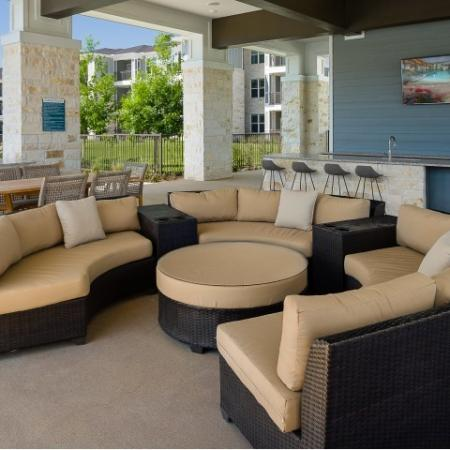 Community BBQ Grills | Sapphire Bay Apartments |
