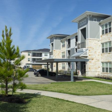 Building Exterior | Sapphire Bay Apartments | Apartments In Baytown