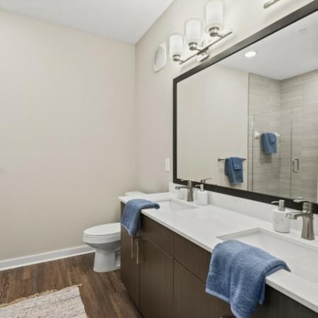 Dual Sink Bathroom | Verso Luxury Apartments