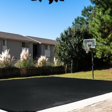 Community Basketball Court   Eagles West   Apartments Near Auburn University