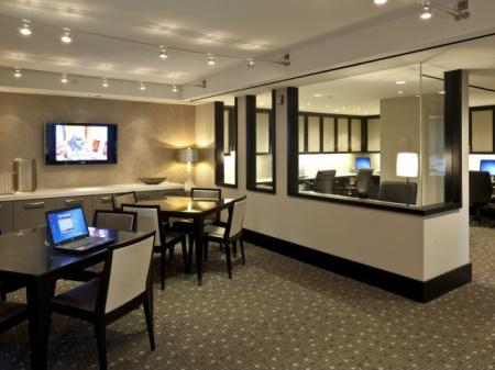 Resident Business Center | Meridian at Pentagon City
