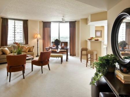 Studio Apartments Arlington VA | Meridian at Pentagon City 2