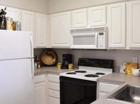 State-of-the-Art Kitchen | Apartment Alexandria VA | Meridian at Carlyle