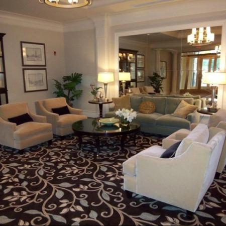 Interior Lobby | Apartments Near Alexandria VA | Meridian at Eisenhower Station