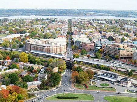 Conviently Located | Alexandria VA Luxury Apartments