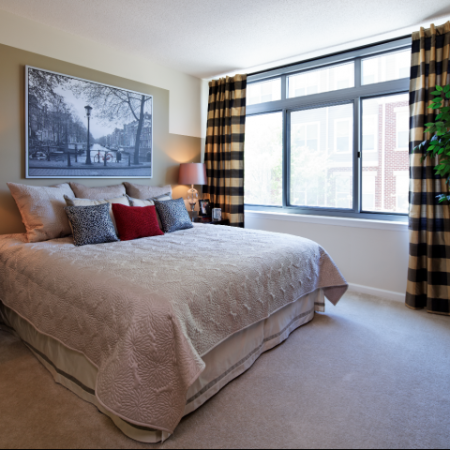 Spacious Bedroom | KW9 | Meridian at Grosvenor Station