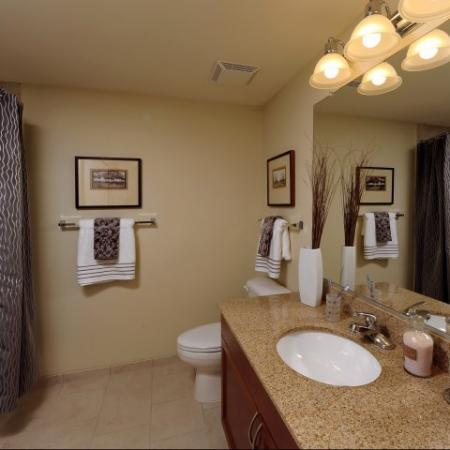 Spacious Bathroom | KW10 | Meridian at Grosvenor Station