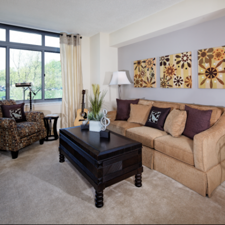 Elegant Living Area | Luxury Apartments In Bethesda MD | Meridian at Grosvenor Station