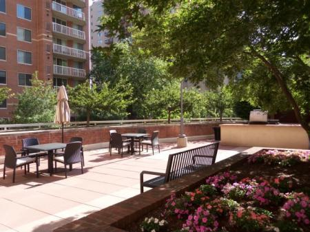 Studio Apartments Arlington VA | Meridian at Pentagon City 1
