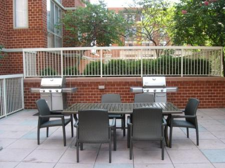 Community BBQ Grills | Apartments Near Alexandria VA | Meridian at Carlyle
