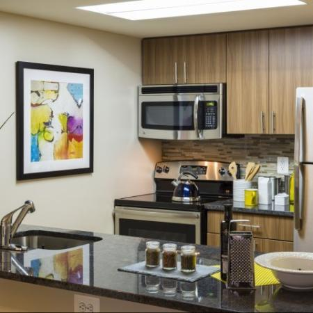 State-of-the-Art Kitchen | Arlington VA Apartment Homes | Meridian at Courthouse Commons