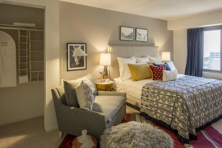 Luxurious Bedroom | Apartments For Rent In North Bergen NJ | Half Moon Harbour Apartments