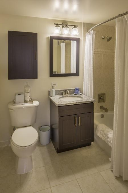 Ornate Bathroom | Apartments For Rent In North Bergen NJ | Half Moon Harbour Apartments