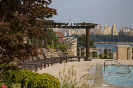 Sparkling Pool | Apartments In North Bergen NJ | Half Moon Harbour Apartments
