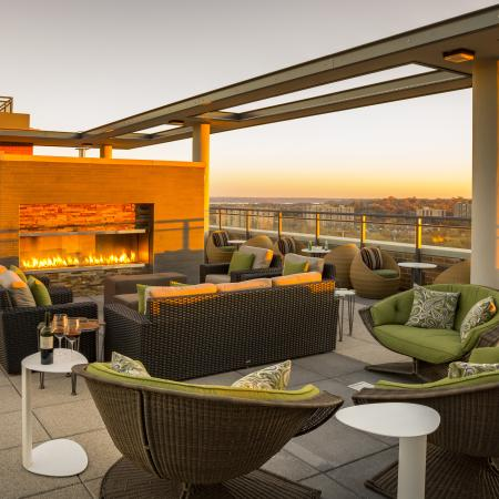 Community Sun Deck | Apartments in Arlington, VA | Parc Meridian at Eisenhower Station